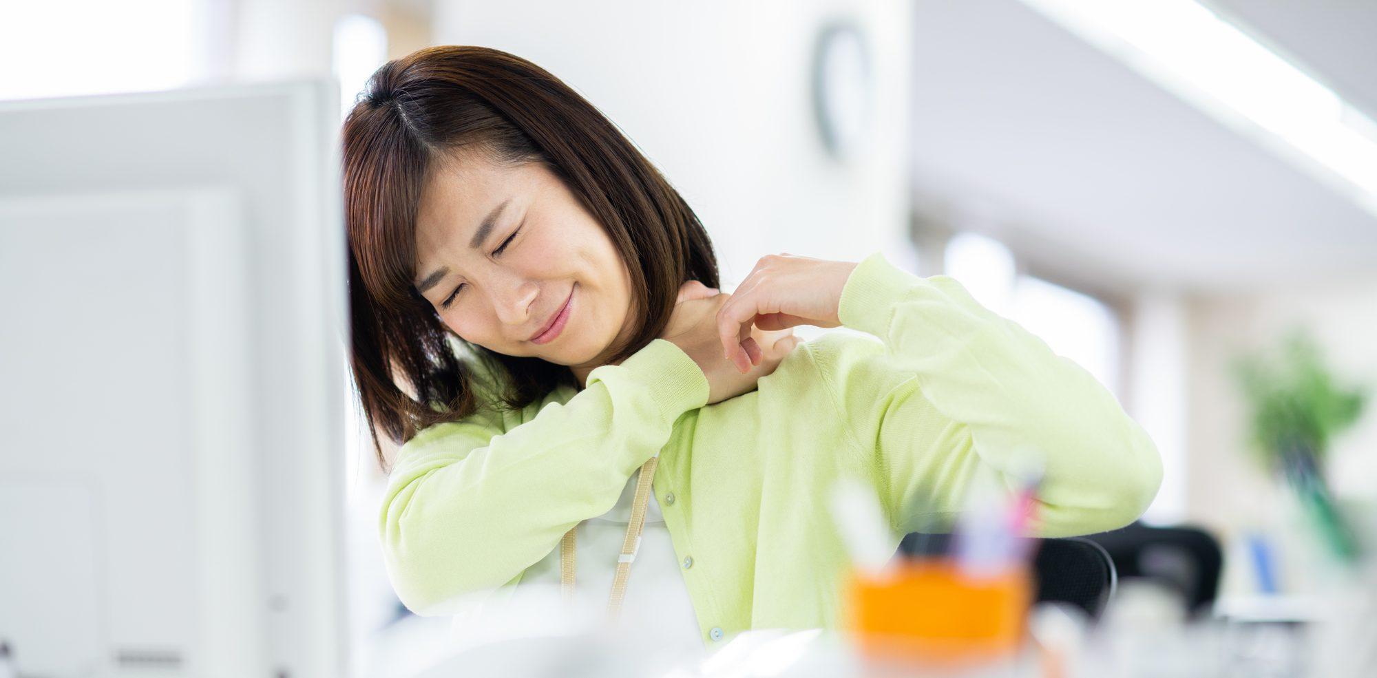女性の肩こり・腰痛に鍼灸施術|宮古市